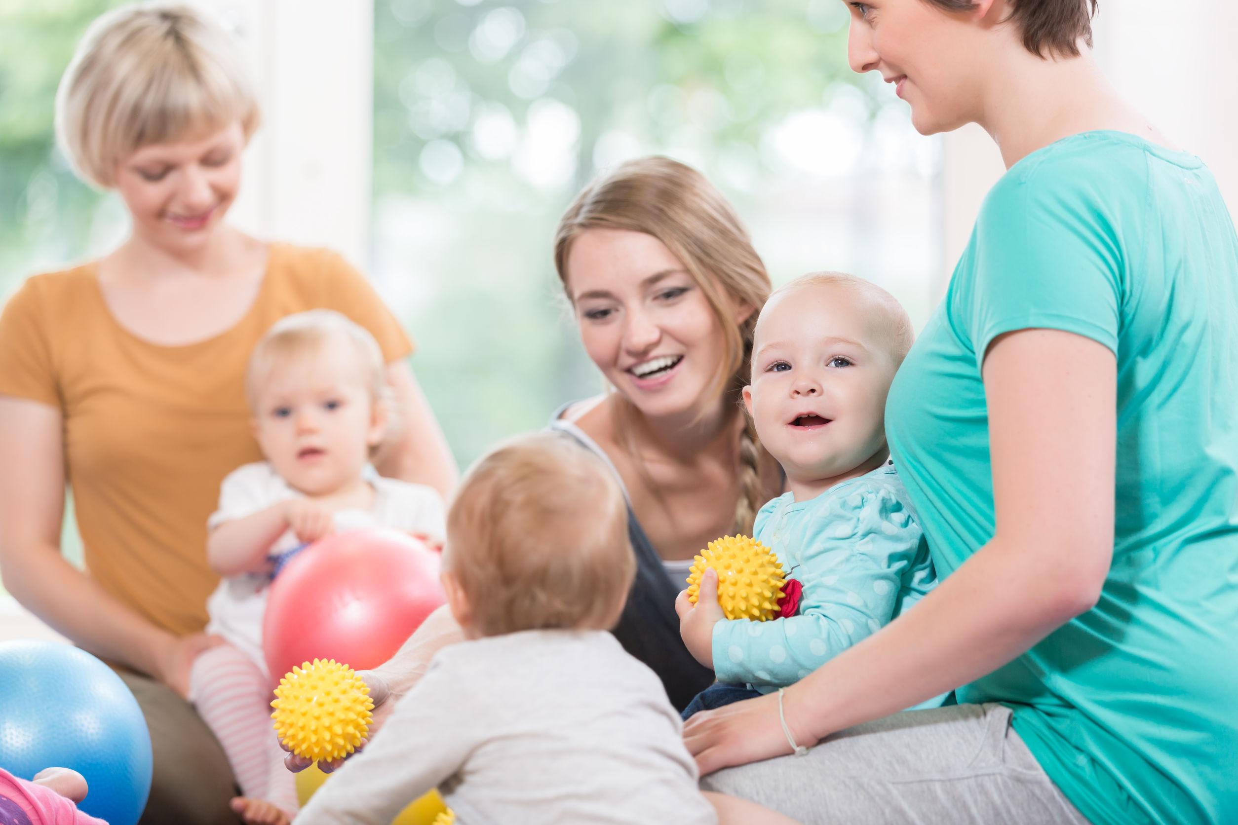 Freie Plätze in Eltern-Kind-Gruppen